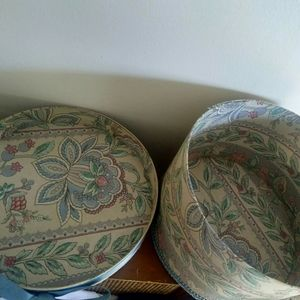 Vintage hat box 🌹